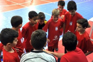 Base de futsal recebe Forquilhinha no Regional da LUD