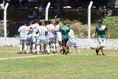 Sub-17 de Balneário Rincão disputa final do Regional
