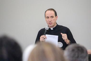 Pastoral Presbiteral saúda futuros diáconos da Diocese