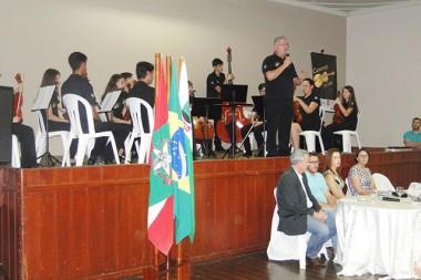 Palestra dá início ao ano letivo em Urussanga