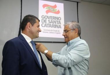 Governador dá posse ao secretário de Turismo, Cultura e Esportes