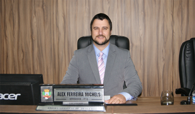 Legislativo içarense homenageará entidades do município