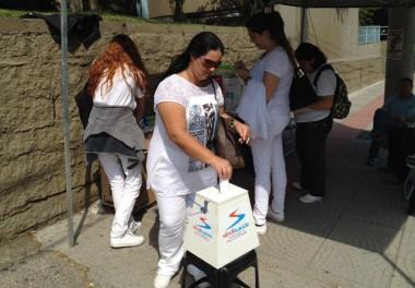 Trabalhadores da saúde protestam no Hospital São José