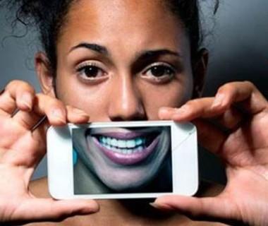 Distorção da felicidade nas redes sociais pode levar ao suicídio