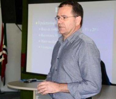 Regional Médica promove palestra de conscientização sobre o câncer de próstata