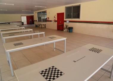 Investimento garante mobília nova nos refeitórios de escolas