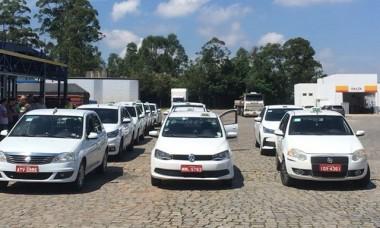 Taxistas realizam manifestação em Criciúma