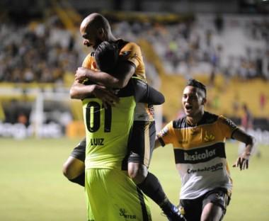 Tigre vence Oeste nos pênaltis e avança