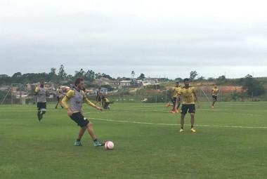 Tigre treina parte técnica no Centro de Treinamento
