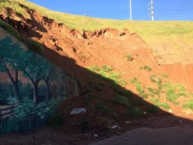 Quase dois meses depois, deslizamentos do túnel estão mais graves