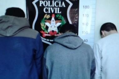 Trio suspeito de tráfico de drogas é preso pela PC em Tubarão