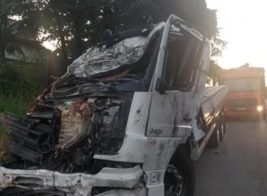 Caminhoneiro de Içara morre em acidente no Espírito Santo