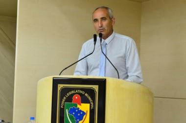 Paulo Ferrarezi indaga sobre distribuição de telhas