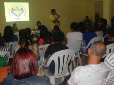 Servidores de Araranguá rejeitam proposta da Prefeitura