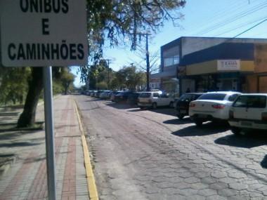 Rony da Silva pede melhor sinalização em rua
