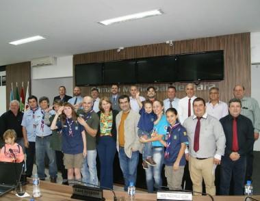 Vereadores aprovam moção parabenizando o 44º G. E. Escaravaco
