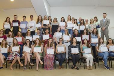 Projeto de iniciativa do MPSC premia 34 alunos de Concórdia