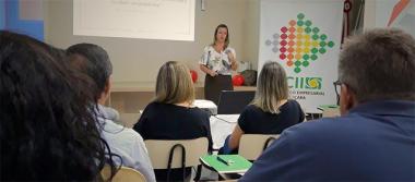 Palestra na Associação Empresarial desenvolve lideranças para gestão de equipes