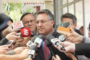 Colombo discute reforma da previdência com governadores