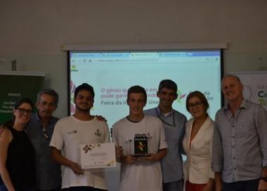 Vencedores da Feira da Inovação da Unesc recebem homenagem