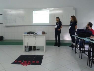 Professoras do Clubinho de Matemática apresentam trabalhos