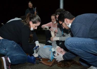 Futuros enfermeiros simulam atendimento de emergência