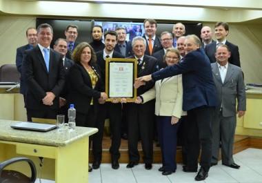 Câmara realiza homenagem ao Lions pelos seus 100 anos