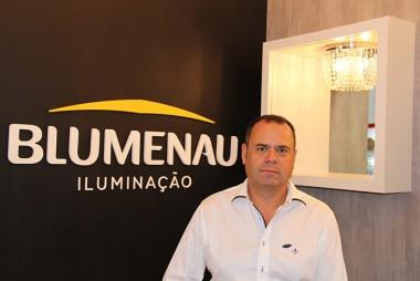 Blumenau Iluminação comemora quatro décadas de mercado