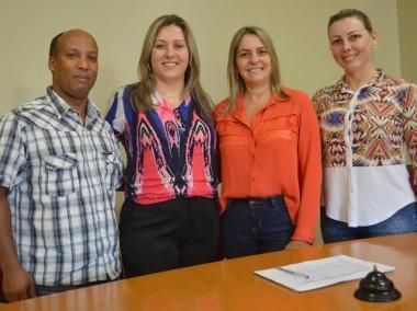 Secretaria de Içara é eleita presidente  Assistência Social da AMREC