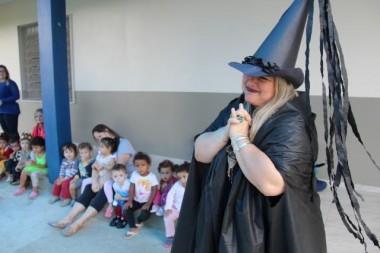 Dia do Livro Infantil das crianças do Bairro Santa Luzia
