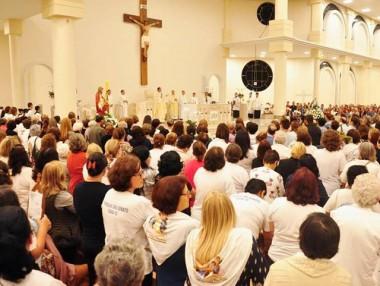 Santuário em Içara acolhe Cenáculo de Pentecostes