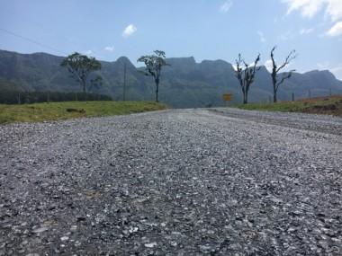 Colombo visita Serra do Corvo Branco e inaugura obra