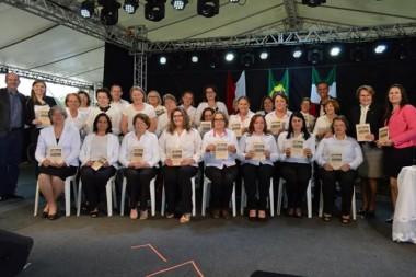 Alunos da Unibave lançam livro durante a IV Cocalfest