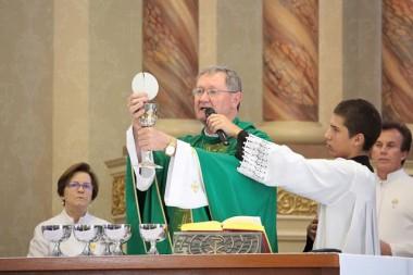 Bispo de Criciúma celebra aniversário com a comunidade