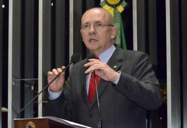 Senador Paulo Roberto Bauer fará palestra na Unisul