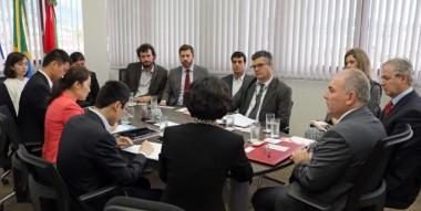 Delegação chinesa apresenta pontos para parcerias com SC