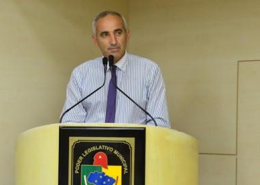 Paulo Ferrarezi pede melhorias no Bairro Progresso
