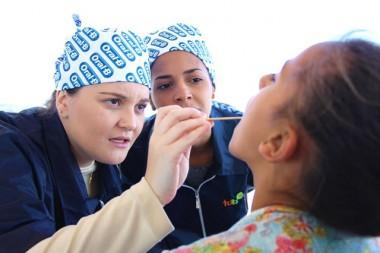 Afasc e Turma do Bem levam triagem odontológica a crianças