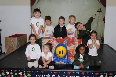 Campanha do Agasalho ganha reforço do Infantil da Satc