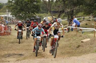 Ciclismo de Criciúma sobe ao pódio em Minas Gerais