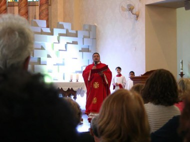 Cerco de Jericó atrai milhares de fiéis a cada dia