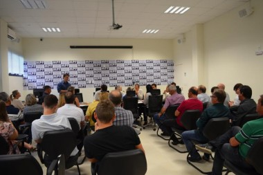 Vereadores de Criciúma participam de reunião no MPF