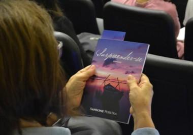 """""""Surpreender-se"""" é lançado com música, teatro e dança na Unesc"""