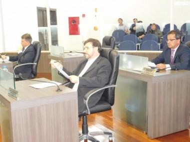 Câmara de Araranguá vota extinção de cargos no Legislativo