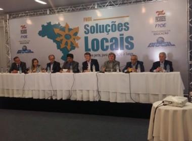 Ministro da Educação libera recursos para Santa Catarina