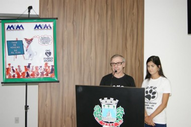 ONG Amigo Bicho propõe criação de lei municipal em Içara