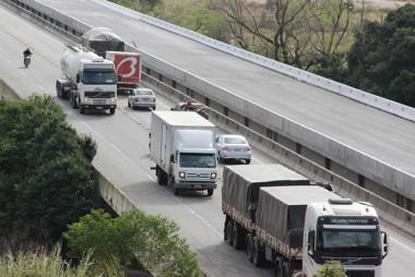 DNIT/SC alerta para interrupção em trânsito da BR-101