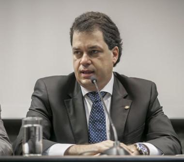 Minotto solicita credenciamento do Hospital Regional de Araranguá