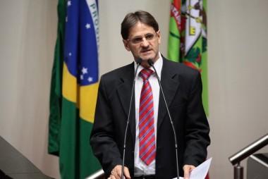 Saretta comemora convocação do excedentes da PM