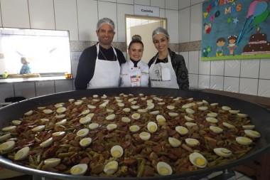Casa da Fraternidade promoveu Paella Beneficente no domingo